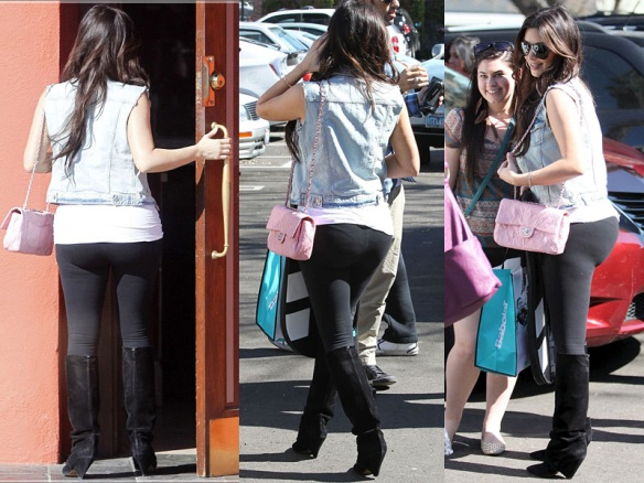 Kim Kardashian, black leggings exposed 1