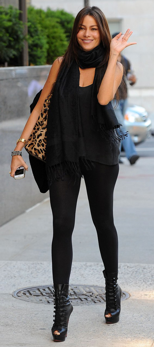 Sofia Vergara, leggings as pants